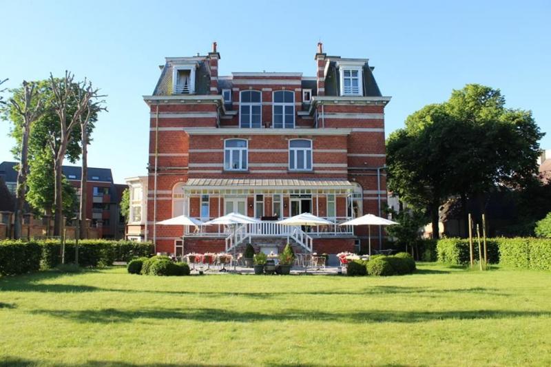 kasteel-en-koetshuys-djoelsbar-cocktailbar-bar